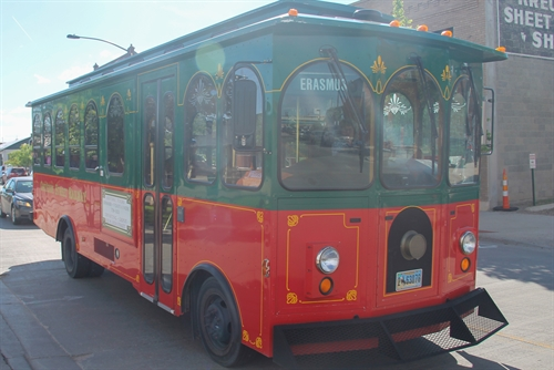 Cheyenne trolley bus down 15th Street